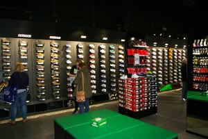 La tienda Sprinter de Barberá del Vallés cuenta con espacio específicamente protagonizado por las propuestas de calzado