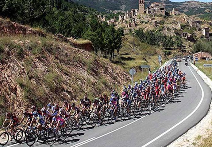 La UCI da luz verde a la reforma del World Tour