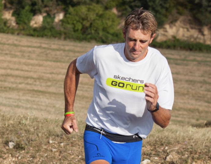 Ricardo Abad completa el reto de 100 Ironman en un año