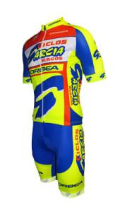 traje Ciclos García