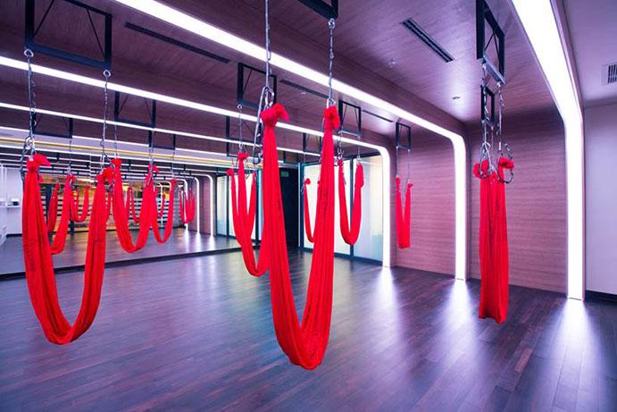 Virgin Active incorpora nuevas disciplinas en España como el Yoga Aéreo