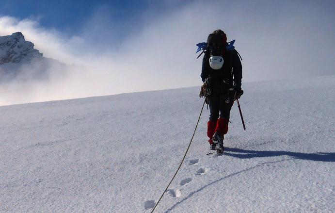 ¿Cómo elegir los guantes adecuados para la montaña?