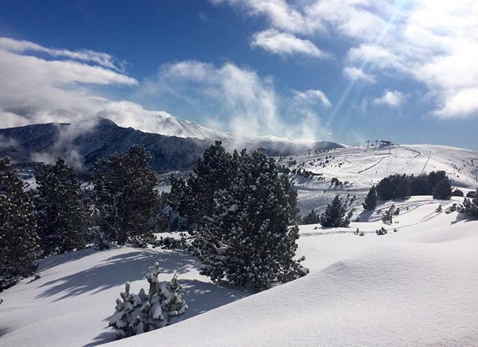 Las estaciones de Andorra, a pleno rendimiento para la Semana Santa