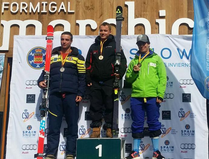 El Team Fischer logra cinco podios en los Campeonatos de España de esquí alpino