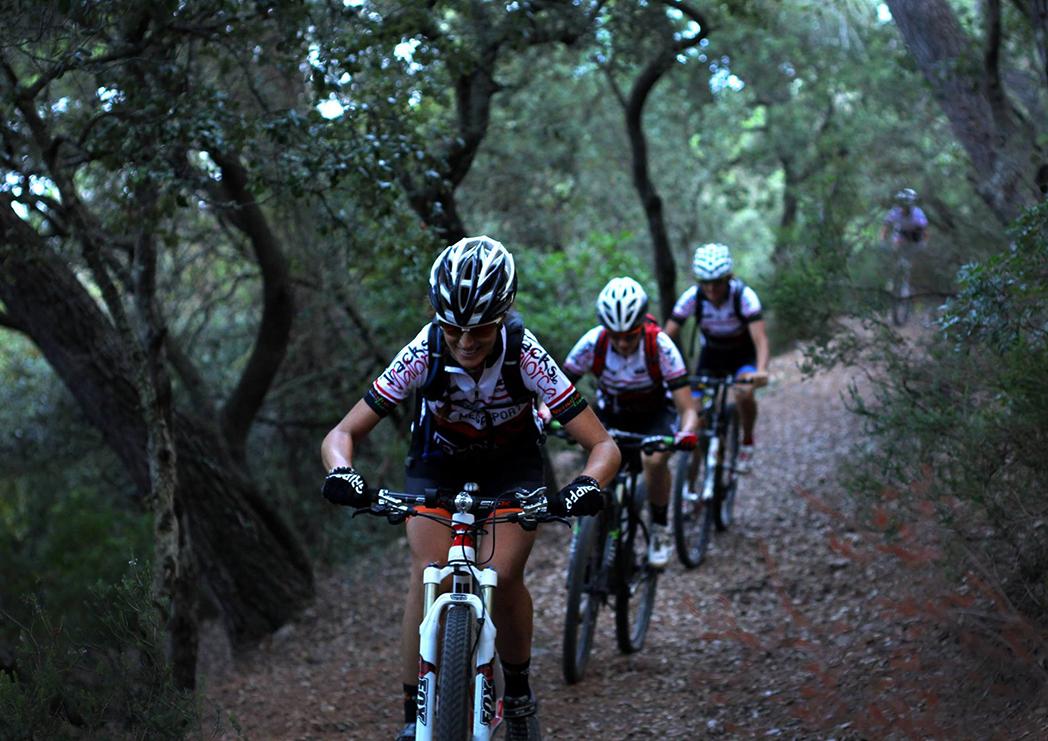 """SheRides: """"Buscamos la igualdad en el trato y el reconocimiento de las ciclistas"""""""