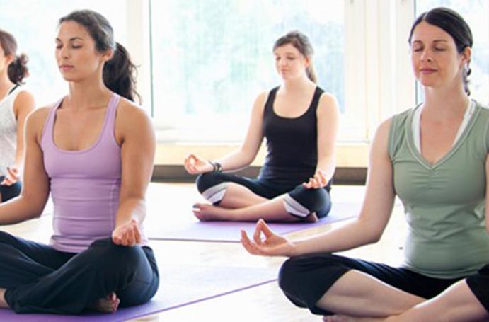 La meditación y el Yoga reducen la necesidad de atención médica