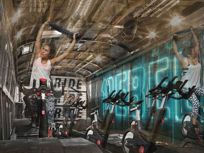 La cadena 1rebel lanza el gimnasio m vil dentro de un for Cadena gimnasios