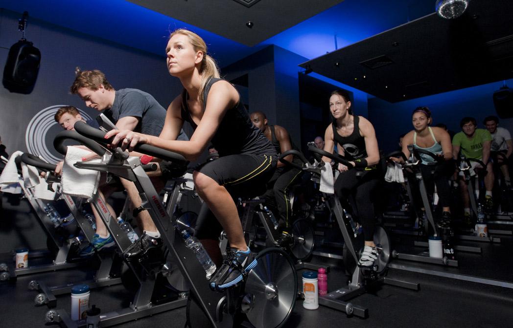 Entrenamientos complementarios para el ciclo indoor