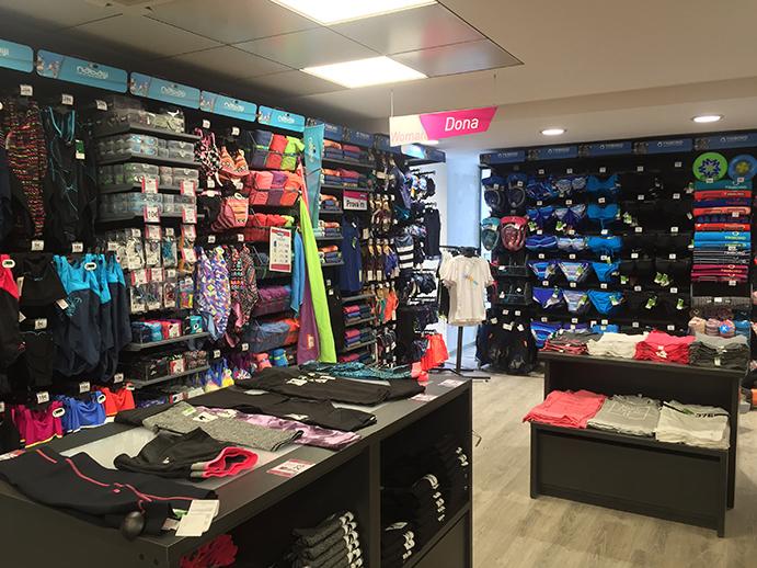 Decathlon roza las 140 tiendas en España