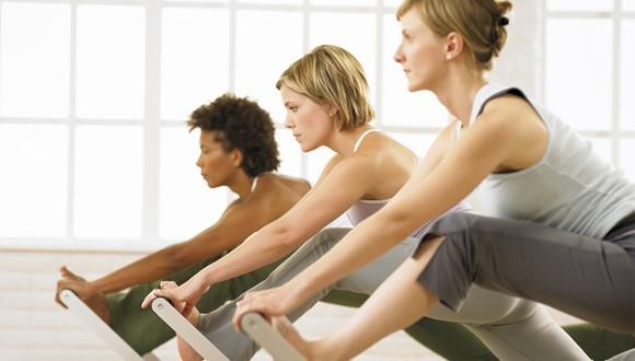 Dona10, yoga y Pilates femenino