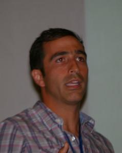 Claudio Henríquez experto en estrategias digitales