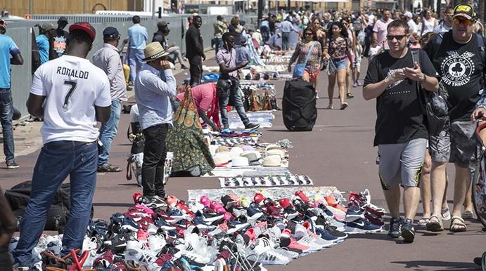 Comercio mantero, urge cambiar el signo de su expansión