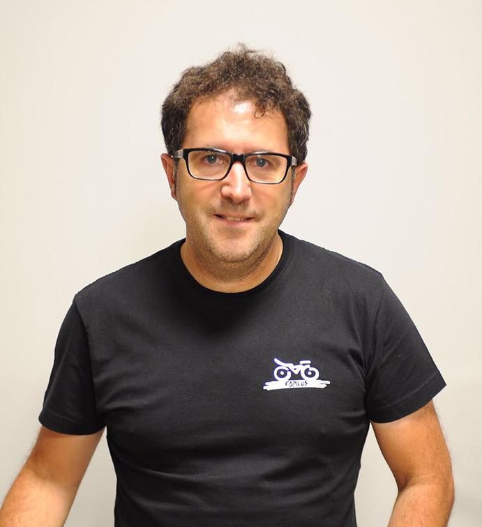 Carlos González, propietario de Bicicletas Carlos.