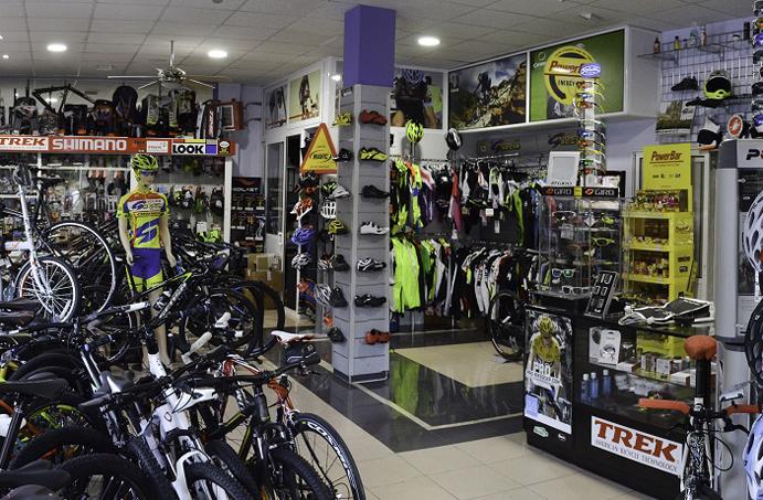 Ciclos García ultima una ampliación de su tienda