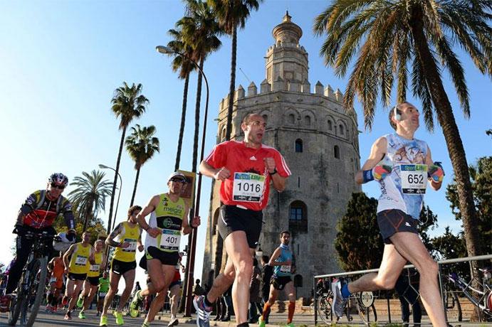 El Maratón de Sevilla pasa del bronce a la plata