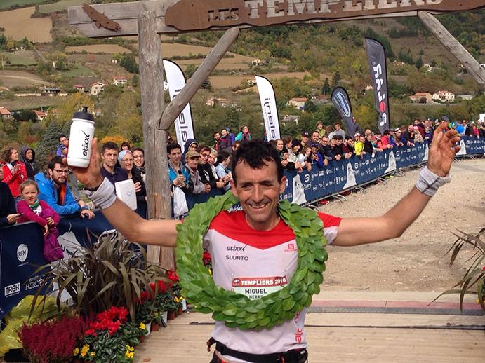 Miguel Heras se quita la espinita en el Trail des Templiers