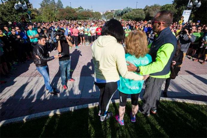 Cientos de personas muestran su apoyo al atleta Iván Ramírez