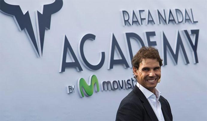 Rafael Nadal inaugura su mega-escuela de tenis en Manacor
