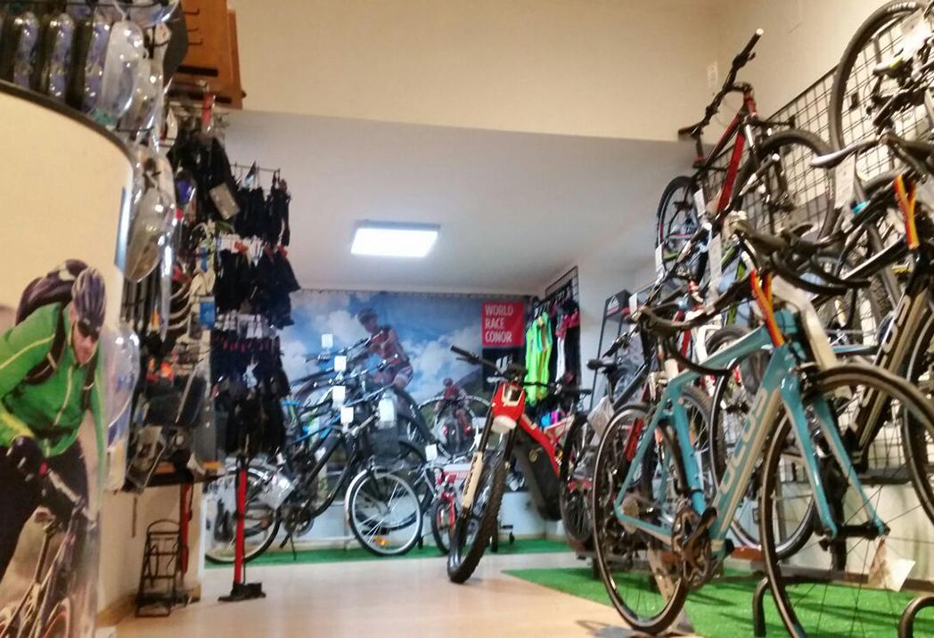 """Skiman: """"La mayoría de marcas ciclistas son reacias a las tiendas multideporte"""""""