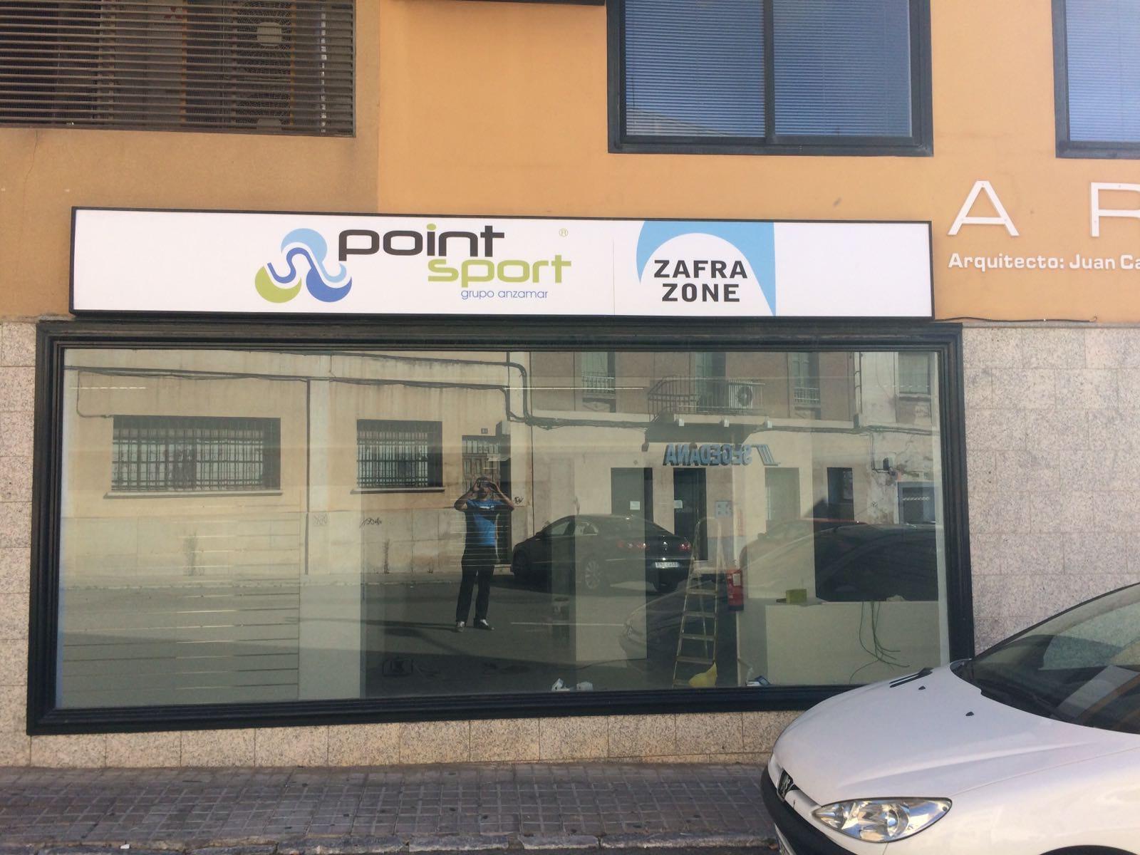 Abre Zafra Zone, una de las mayores tiendas de Point Sport