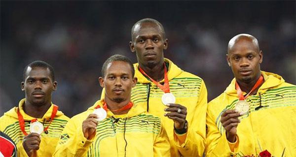 Usain Bolt, obligado a devolver una de sus medallas de Pekín 2008