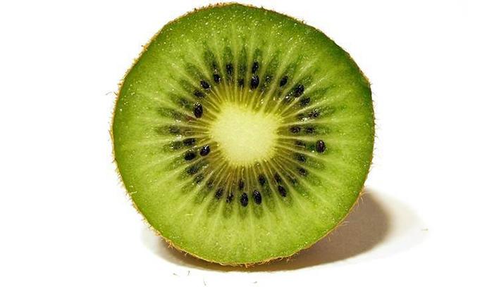 Los beneficios del kiwi como fuente de energía