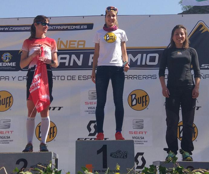 Eva Bernat sube al podio en el inicio de la Copa de Carreras por Montaña en Línea