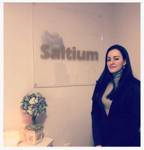Foto de Claudia Arango, experta en Haloterapia del centro Saltium
