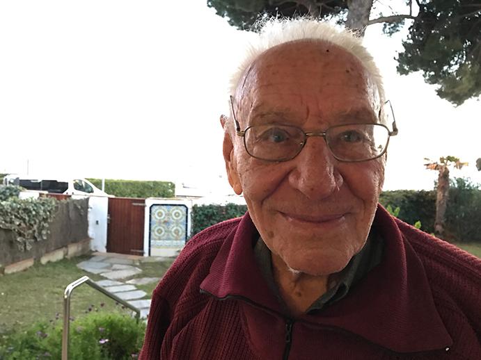 Guido Depoorter ha sido el artífice de dos 'catedrales' del patín a vela: Bélgica y el Club Vela Sant Antoni. Precisamente de dicha entidad gerundense surgió la generación de patinistas que dominó los campeonatos de España de la clase durante la década de los 90's.
