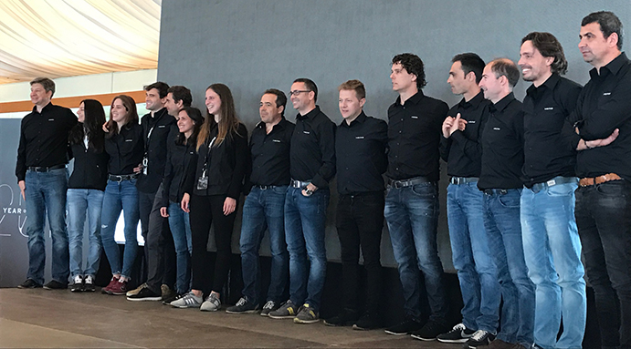 Todo el equipo comercial de Head Iberia participa en las jornadas técnico-comerciales que se celebran en la Academia Sánchez Casal para presentar y testar las últimas innovaciones tecnológicas en tenis y padel de Head.