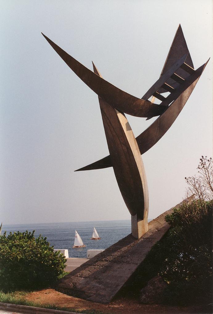 """La reimplantación del monumento a vela ya restaurado es el objeto prioritario que se ha fijado la junta de la Adipav para este 2017. Anna Pujol considera que su reubicación en un lugar emblemático y muy transitado puede constituir """"el mejor 'anuncio' de nuestra embarcación ante el público""""."""
