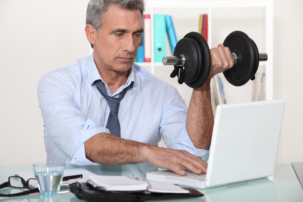 Más actividad física, menos absentismo laboral