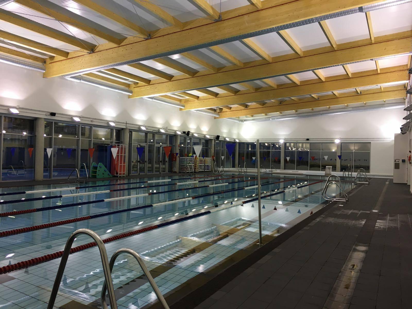 Go fit inicia la escalada de aperturas en madrid cmd sport for Gimnasio piscina sevilla