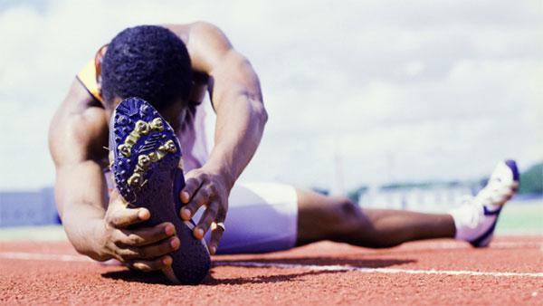 ¿Cómo estirar antes y después de correr?