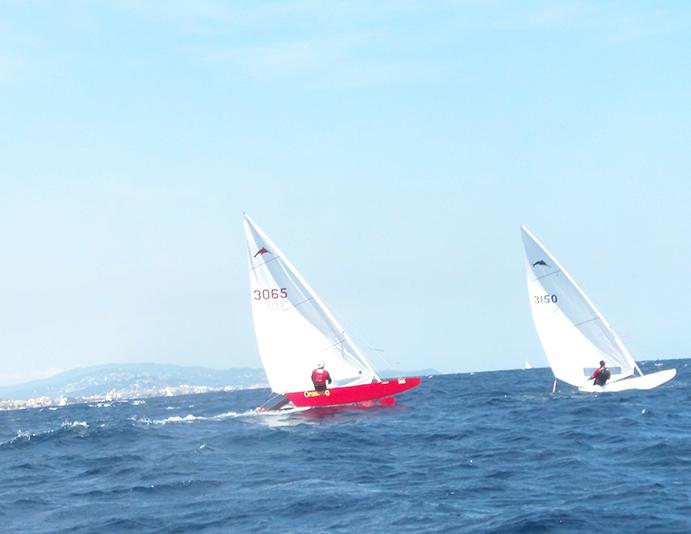 Jordi Padrell (barco rojo) se mostró muy regular a lo largo de todo el campeonato cosechando un quinto (primera prueba) y dos terceros puestos (en la segunda y tercera prueba).