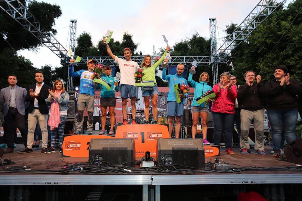 Luis Alberto Hernando y Eva Bernat, campeones del Maratón de la Transvulcania
