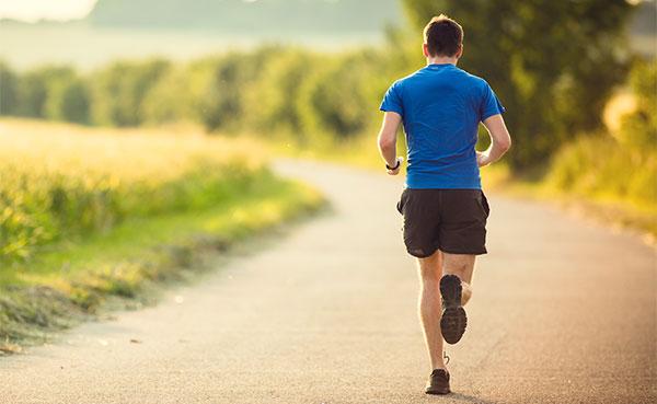 Correr disminuye el riesgo de padecer cáncer de colon y de recto