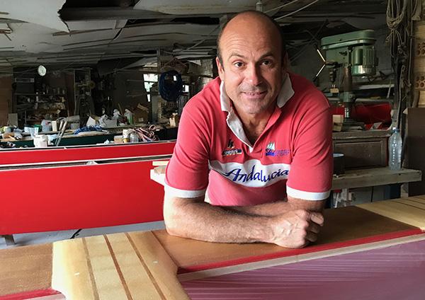 Alfonso Clavero, el artesano del patín a vela