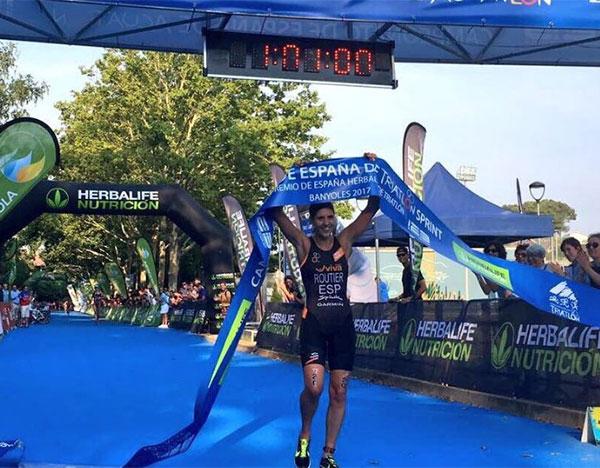 Carolina Routier y Uxio Abuín, nuevos campeones de España de triatlón sprint