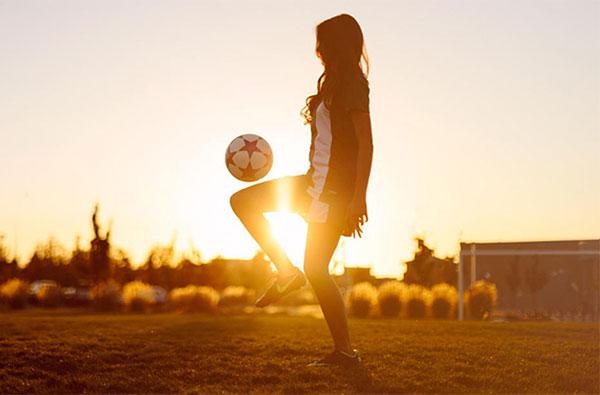 El fútbol femenino se afianza en el mercado y crece a buen ritmo
