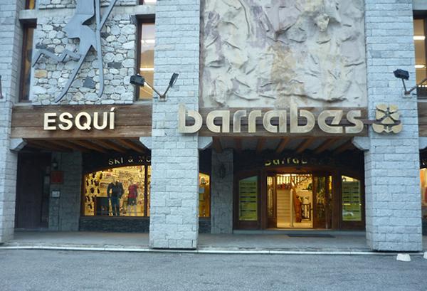 Las mejores tiendas online de montaña en España