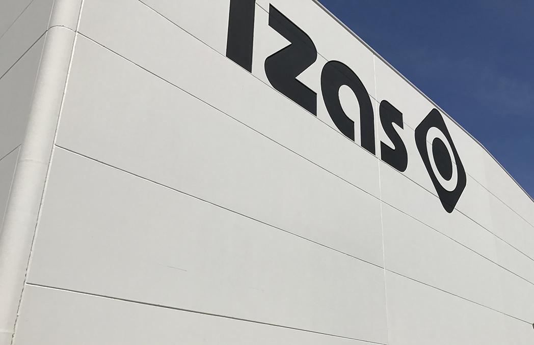 Izas Outdoor unifica logística y oficinas en una sede de 7.000 metros cuadrados