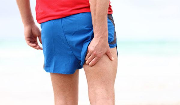 Cómo evitar y tratar las 4 lesiones más comunes en runners después del verano