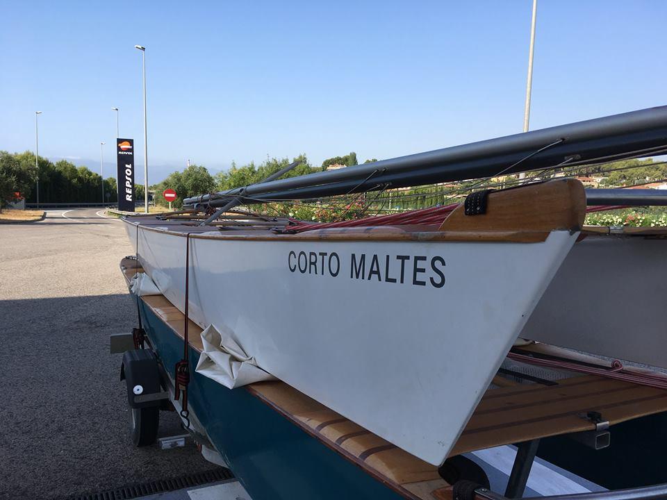 El patín de Carlos García Motta constituye una opción idónea para patrones de segunda que hayn empezado a regatear recientemente con un barco antiguo y que quieran mejorar sus resultados.