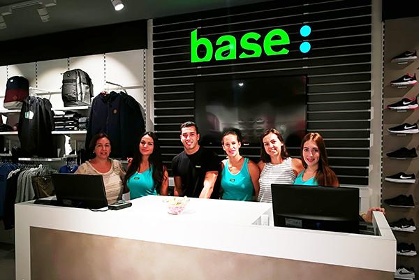 Bazar Sport refuerza su supremacía en Base