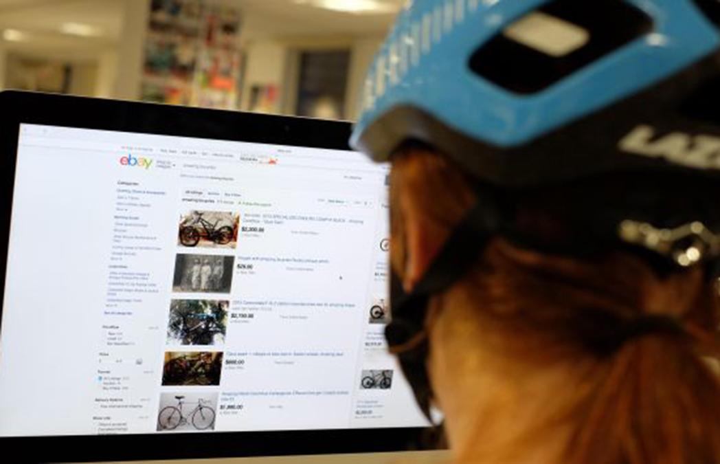 El gasto de los españoles en ciclismo se reduce, pero menos en el canal online