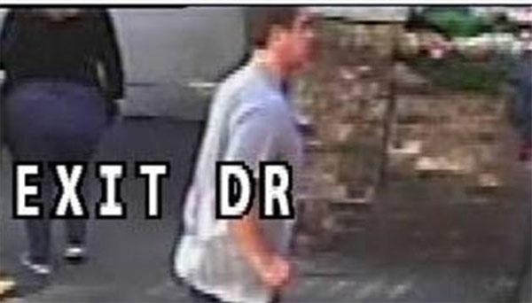 Se mantiene la búsqueda del corredor que empujó una mujer contra el bus