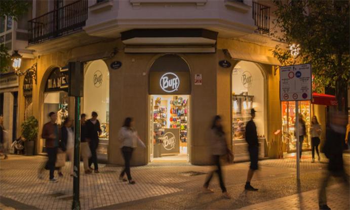 Buff abre nueva tienda propia en Granada