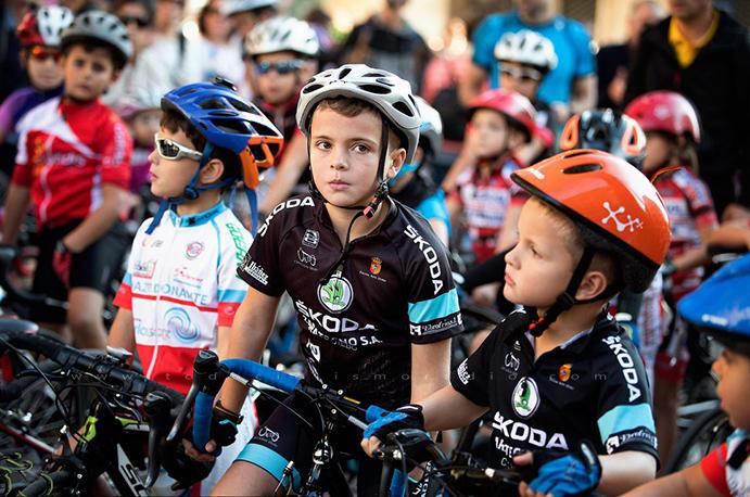 La mujer cobra protagonismo en las III jornadas Educando con el Ciclismo