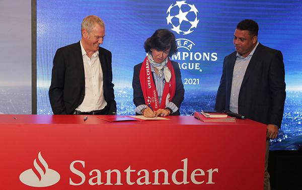 Banco Santander apuesta fuerte por el fútbol